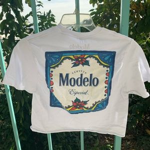 Modelo beer cropped T-shirt